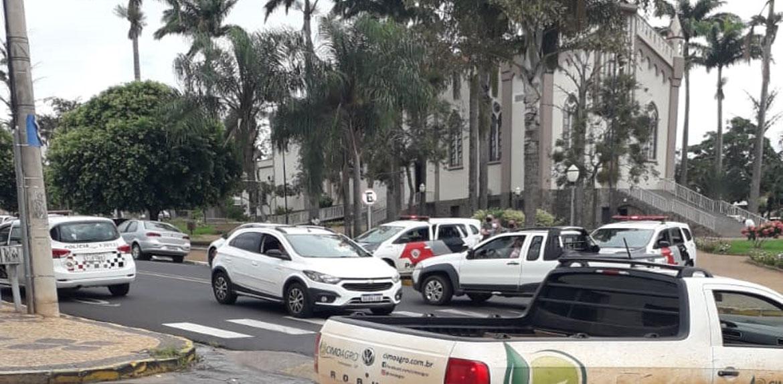 Banco Bradesco de Pindorama é roubado; ladrões são mortos pela polícia durante confronto